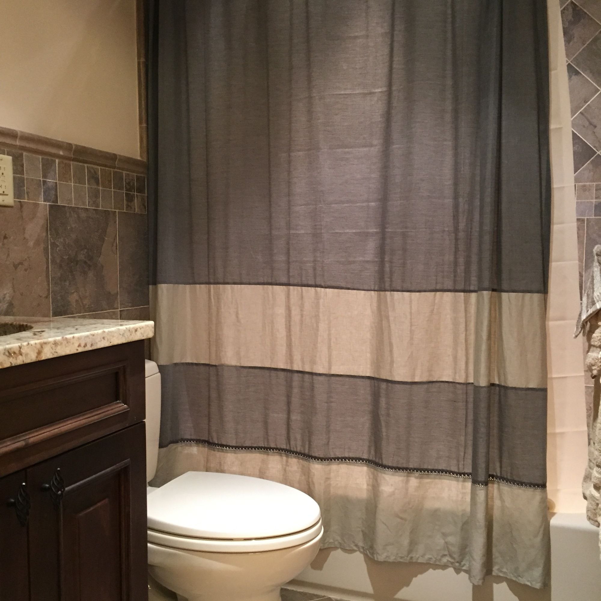 Hawkeye Bathroom